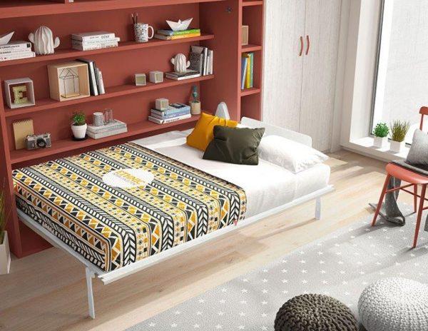 sienas saliekamais-gultas skapis