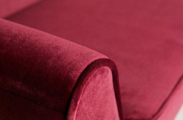 rožinė-sofa-rokko