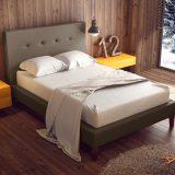 miegamojo-baldai-namams-dvigulė-minkšta-lova-miegamajam
