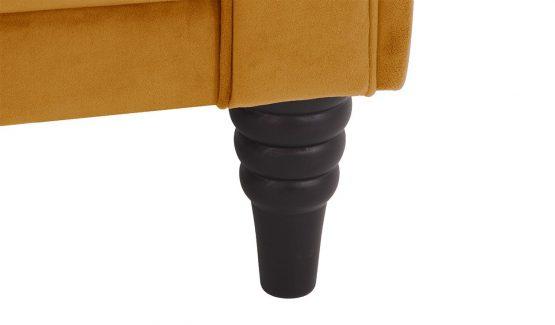minkšti-baldai-namams-Chesterfield-medinės-kojelės