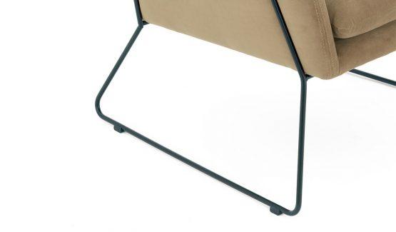 OLO-fotelis-foteliai--juodu-metaliniuu-rėmu