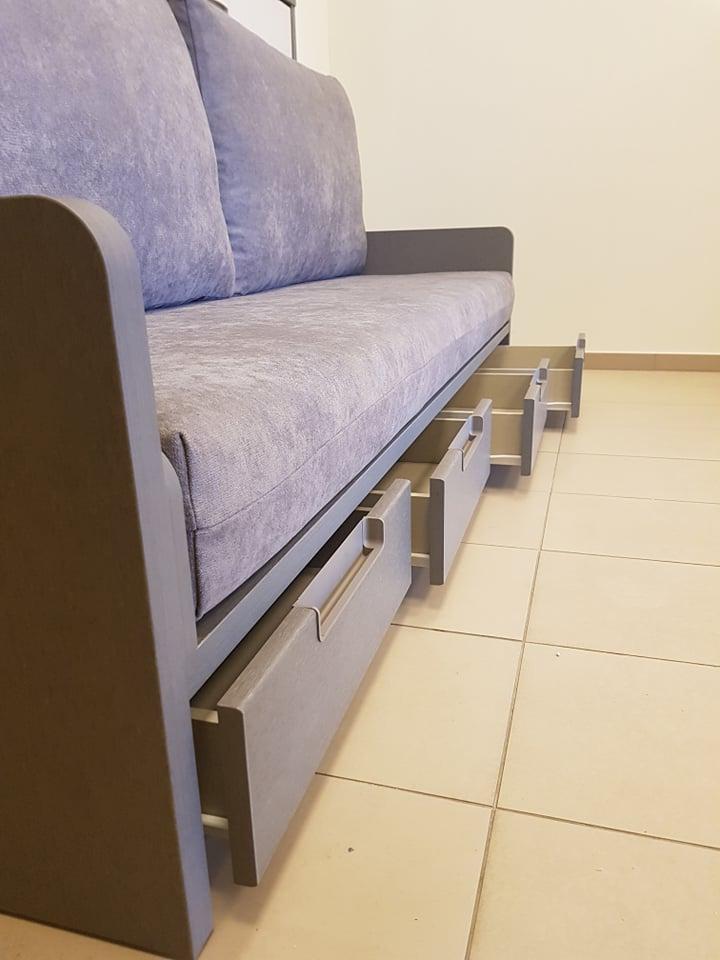 lova-spintoje-baldai-namam-monoidėja