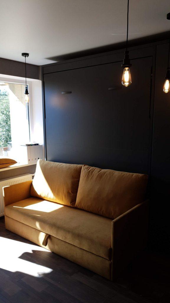 monoidėja-lova-spintoje-su-sofa
