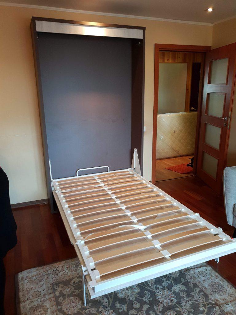 vertikali-lova-spintoje-vilnius