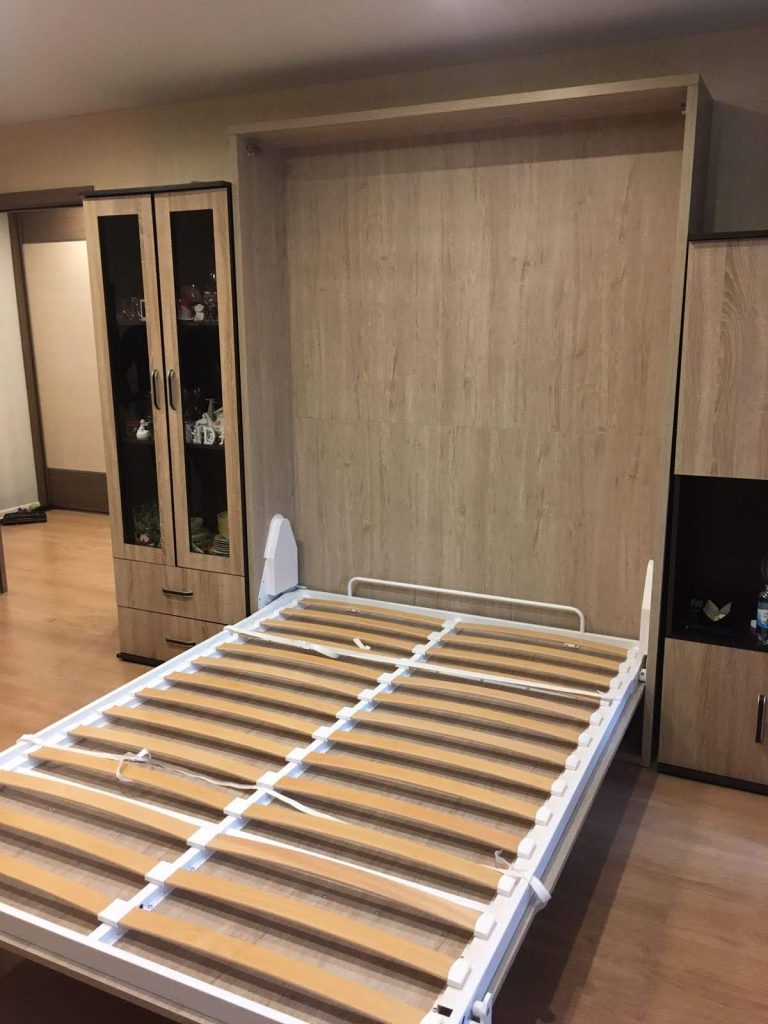 dvigulė-lova-spintoje-tylus-mechanizmas