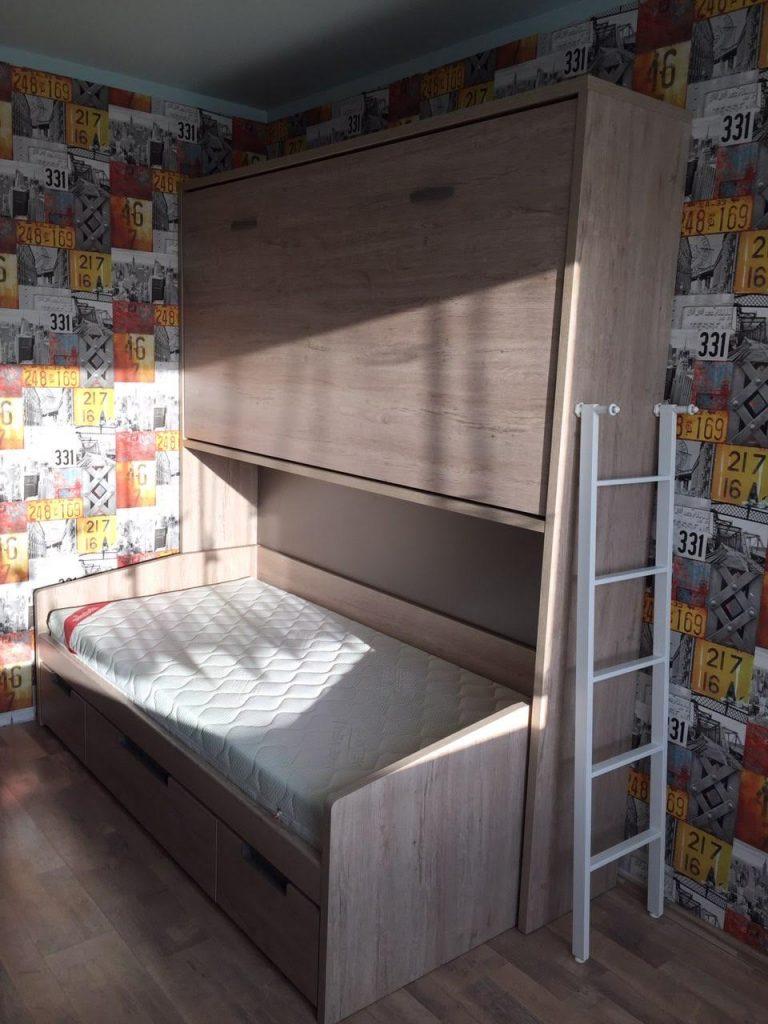 dviaukštė-lova-spintoje-suaugusiems