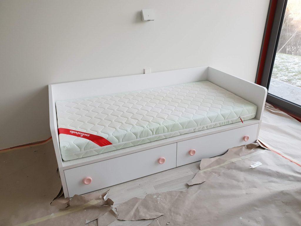 viengulė-lova-baldai-namams