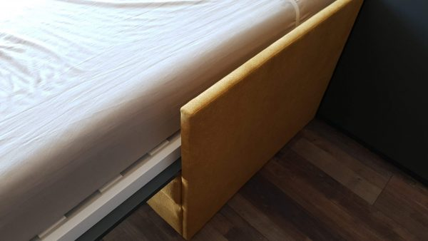 monoidėja-lova-spintoje-su-sofa-mechanizmas