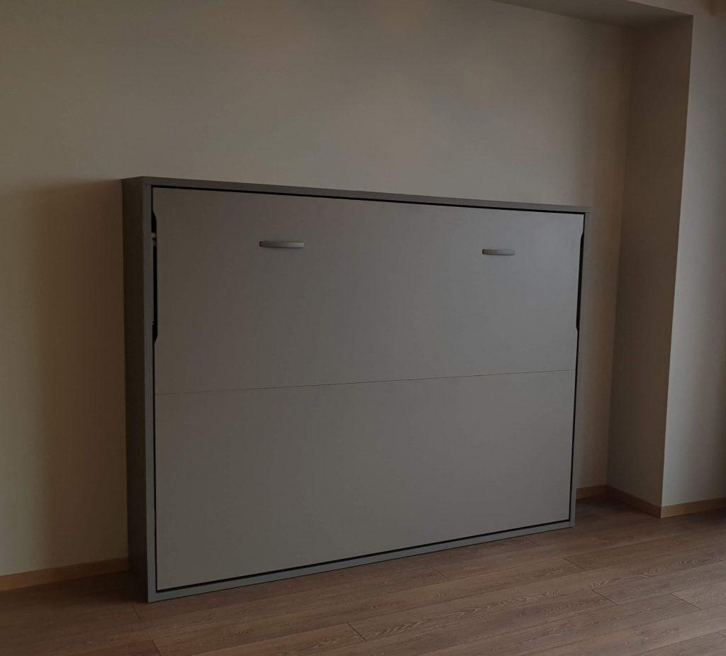dvigulė-horizontali-lova-spintoje-monoidėja