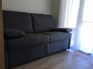 transformuojami-baldai-taupantys-vietą-sofa-lova