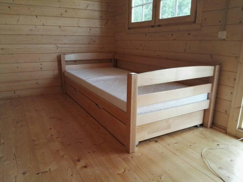 viengulė-medinė-lova-baldai-namams