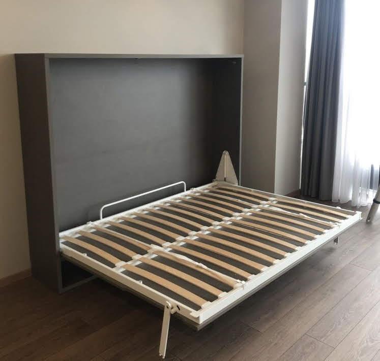 dvigulė-lova-spintoje-lovos-spintoje-monoidėja