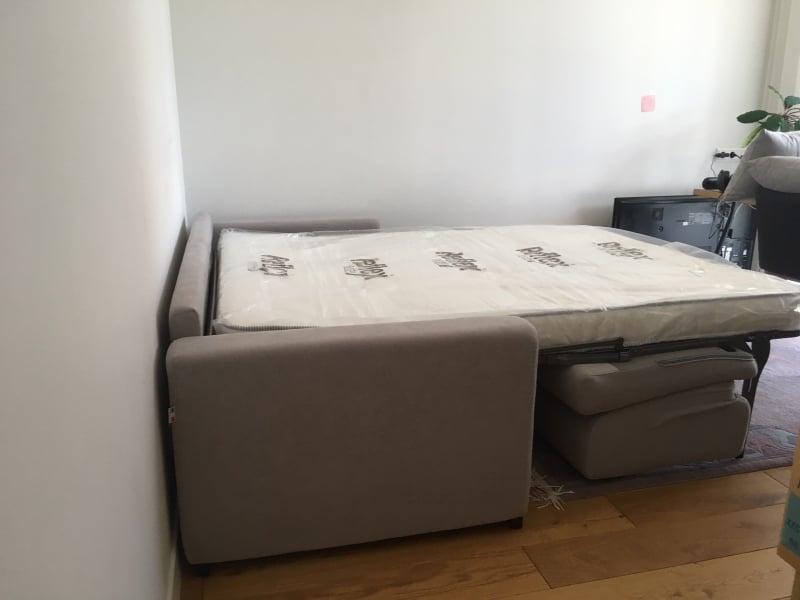 itališka-sofa-lova-su-mechanizmu-pastoviam-miegui