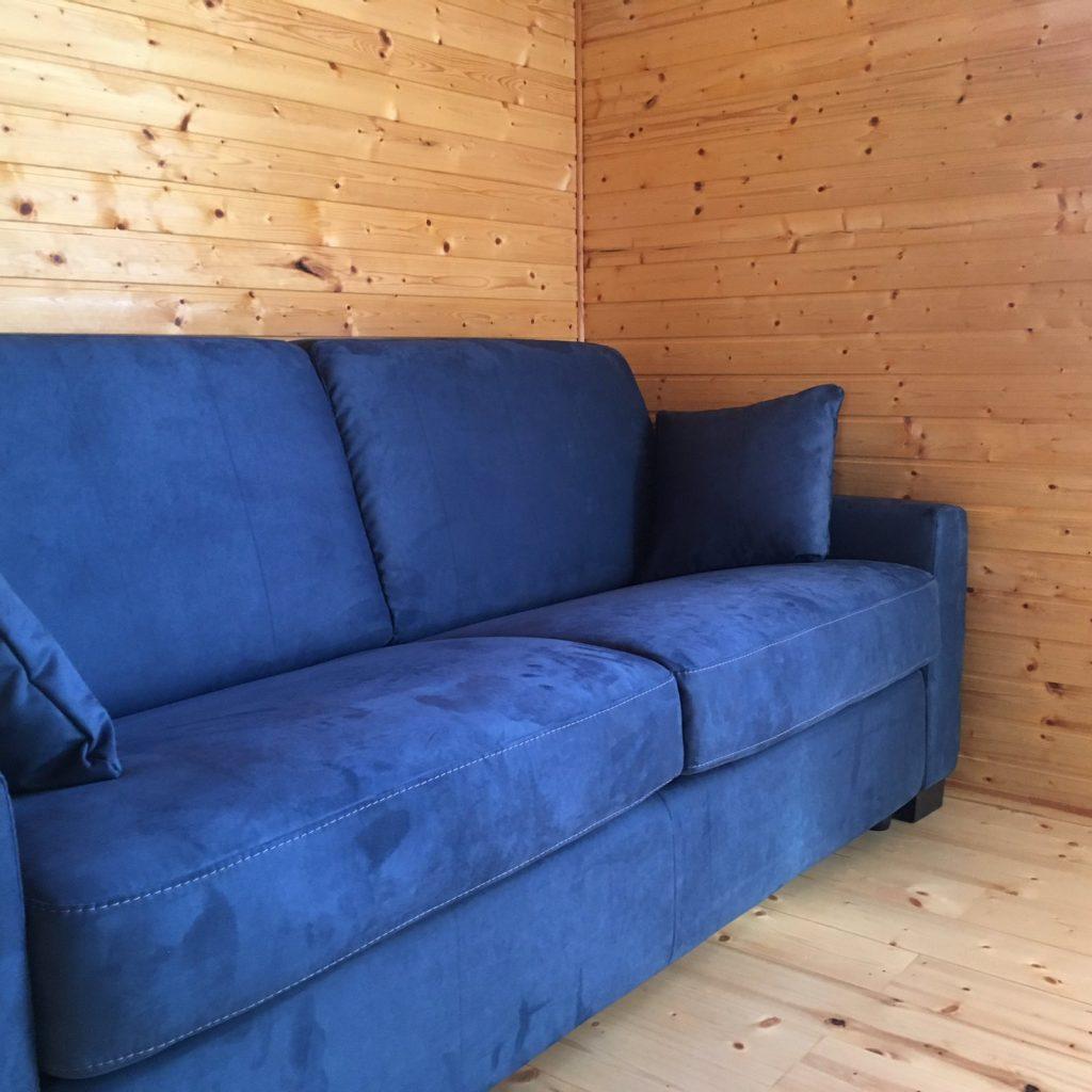 itališkos-sofos-minkšti-baldai