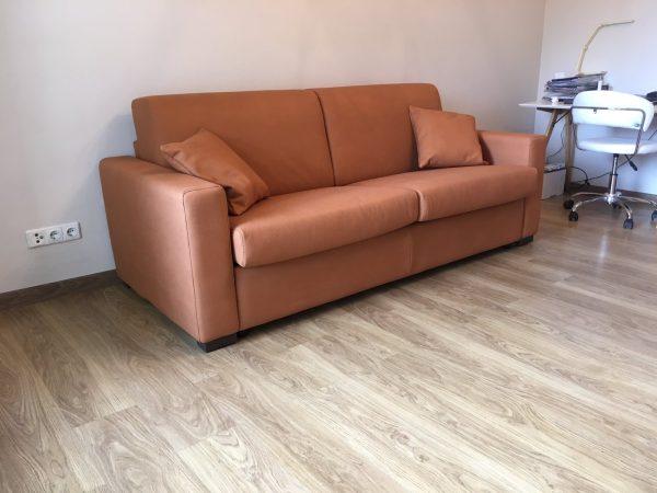sofa-lova-itališki-minkšti-baldai-namams