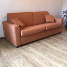 itališki-minkšti-baldai-sofos-lovos