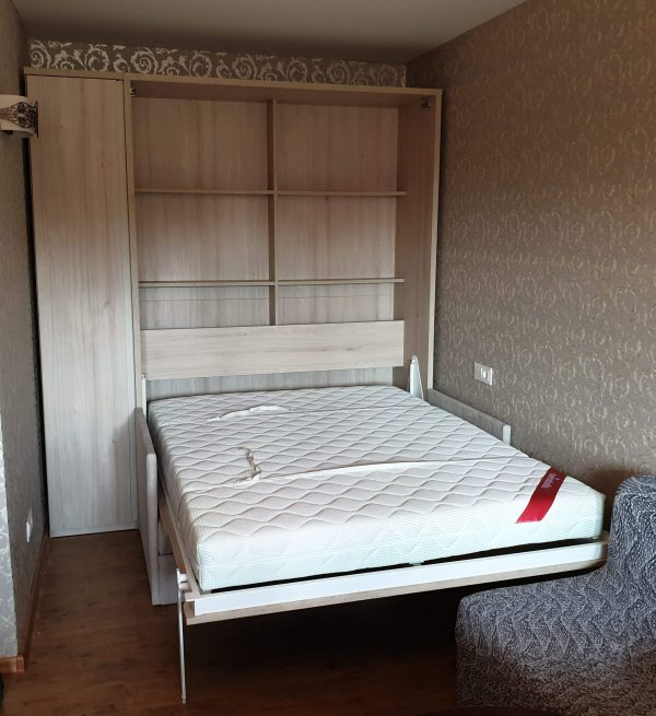 atverčiamos-lovos-spintoje