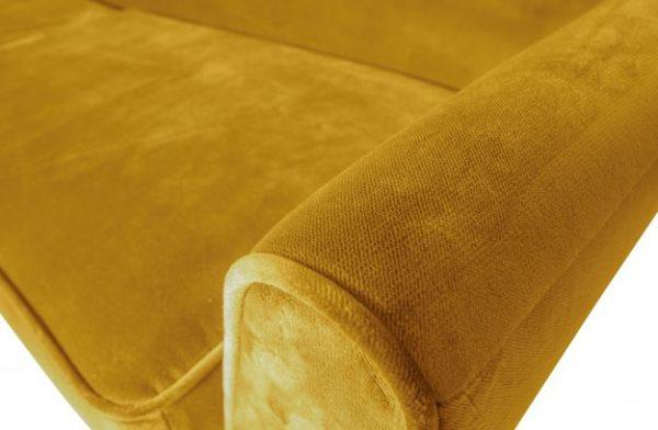 aksominė-geltona-sofa