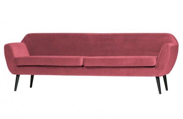 ciklameno-rausva-sofa