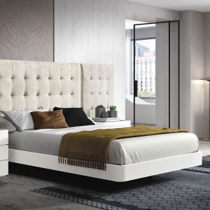 minkšta-lova-medžiaginė-lova-miegamojo